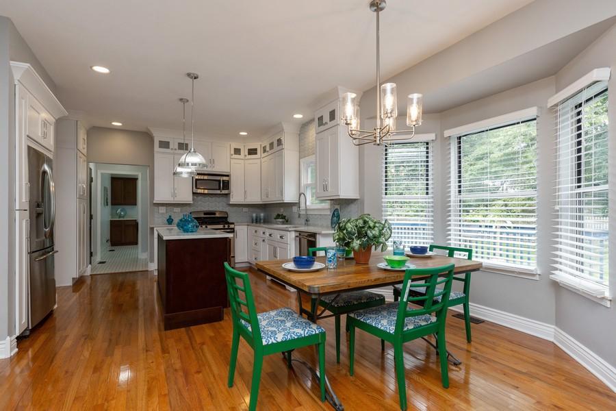 Real Estate Photography - 645 Old Oak Cir, Algonquin, IL, 60102 - Kitchen