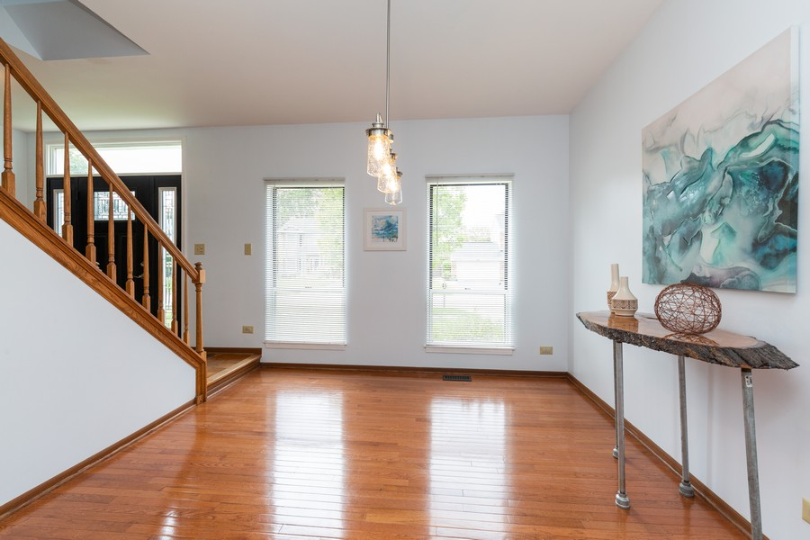 Real Estate Photography - 645 Old Oak Cir, Algonquin, IL, 60102 - Dining Room