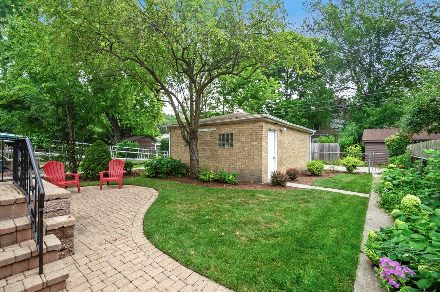 Real Estate Photography - 217 Hartrey Ave, Evanston, IL, 60202 - Back Yard