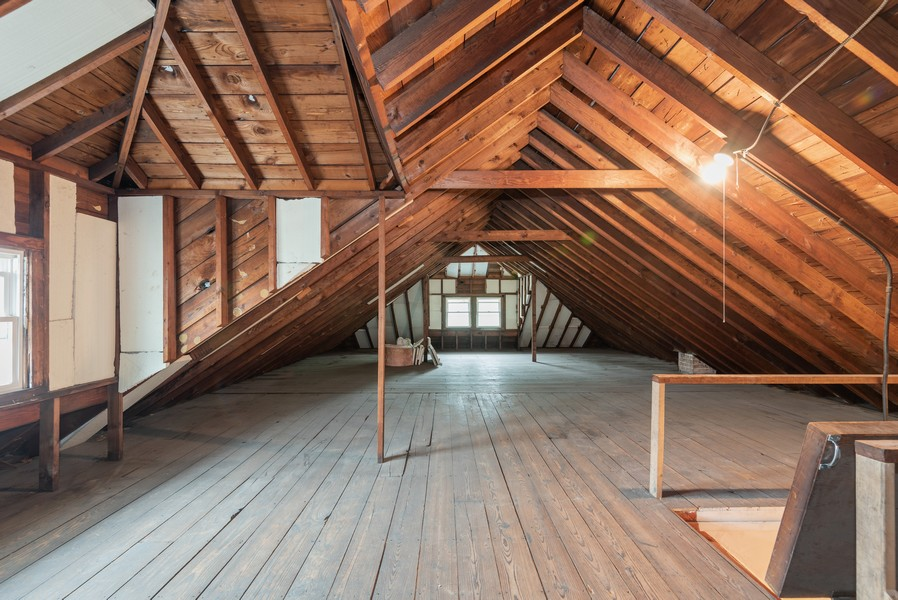 Real Estate Photography - 4820 West Oakdale Ave, Chicago, IL, 60641 - Attic