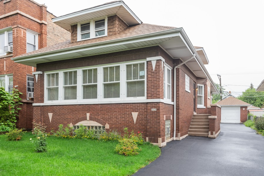 Real Estate Photography - 4820 West Oakdale Ave, Chicago, IL, 60641 - Front View