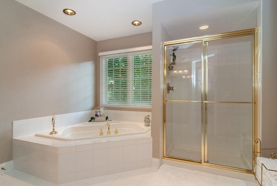 Real Estate Photography - 2306 Brookwood Ct, Aurora, IL, 60502 - Master Bathroom