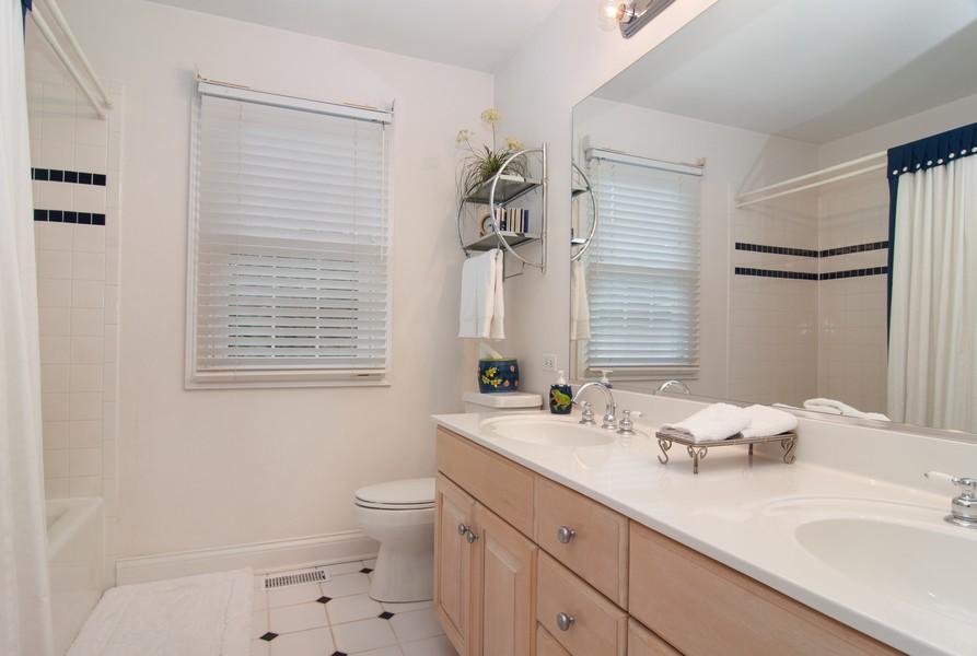 Real Estate Photography - 2306 Brookwood Ct, Aurora, IL, 60502 - 2nd Bathroom