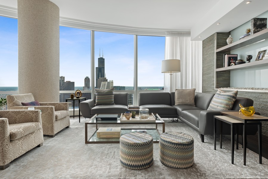 Real Estate Photography - 401 N Wabash, Unit 53E, Chicago, IL, 60611 - Living Room