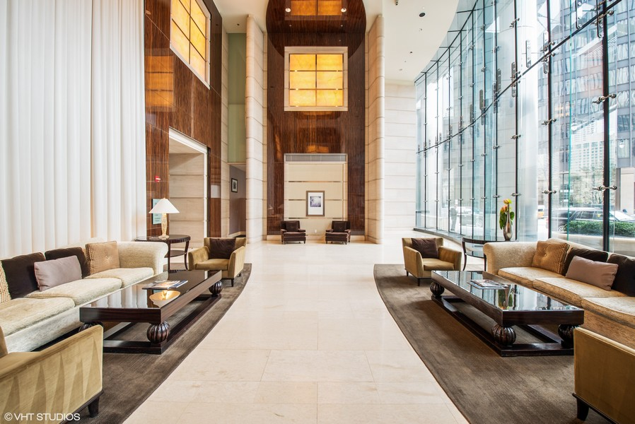 Real Estate Photography - 401 N Wabash, Unit 53E, Chicago, IL, 60611 - Lobby