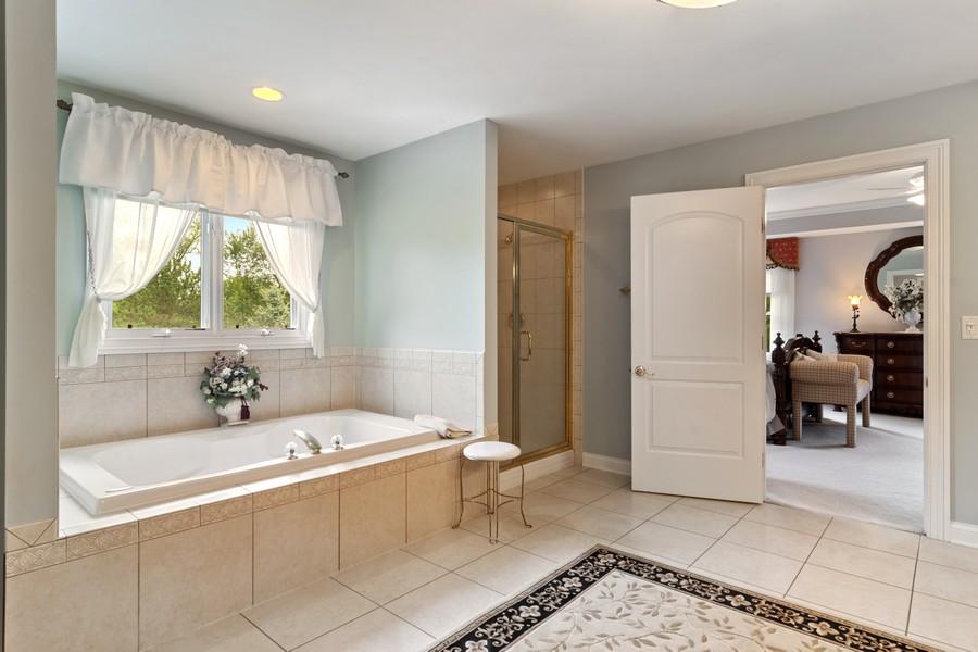 Real Estate Photography - 73 Covered Bridge Rd, South Barrington, IL, 60010 - Master Bathroom