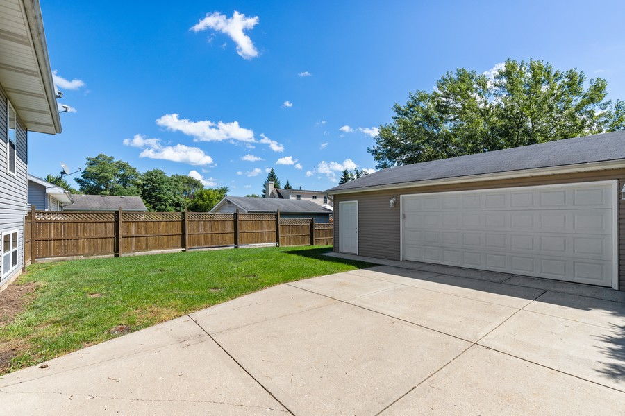 Real Estate Photography - 10093 West Ford Ave, Beach Park, IL, 60099 - Back Yard