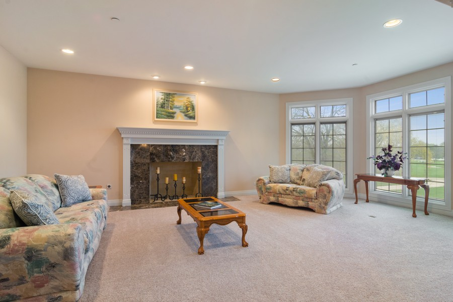 Real Estate Photography - 46 Inverway Rd, Inverness, IL, 60067 - Living Room