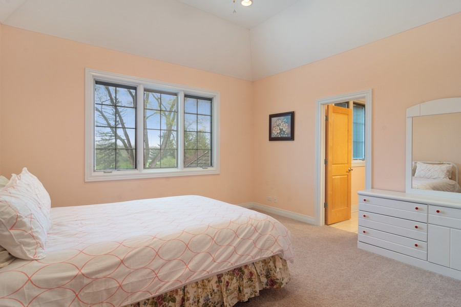 Real Estate Photography - 46 Inverway Rd, Inverness, IL, 60067 - 4th Bedroom