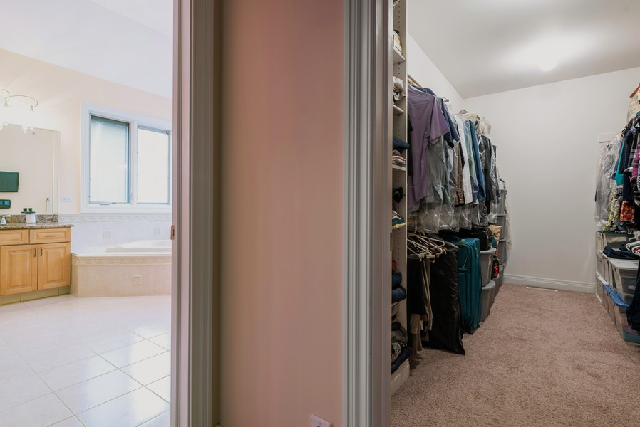 Real Estate Photography - 46 Inverway Rd, Inverness, IL, 60067 - Master Bedroom Closet