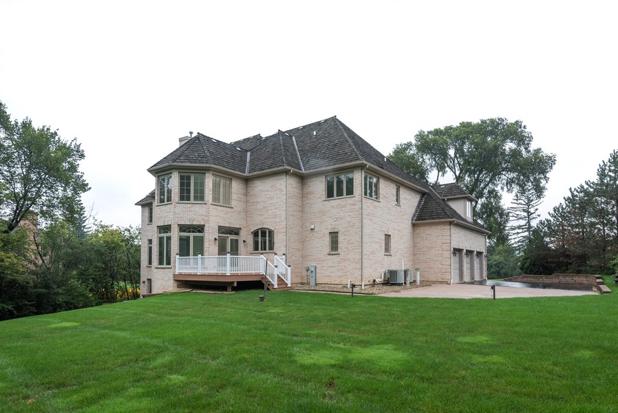 Real Estate Photography - 46 Inverway Rd, Inverness, IL, 60067 - Rear View
