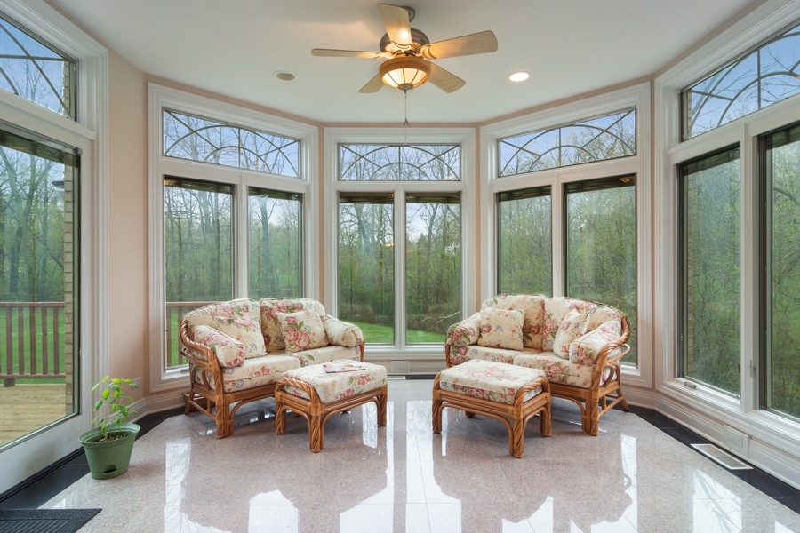 Real Estate Photography - 46 Inverway Rd, Inverness, IL, 60067 - Sun Room
