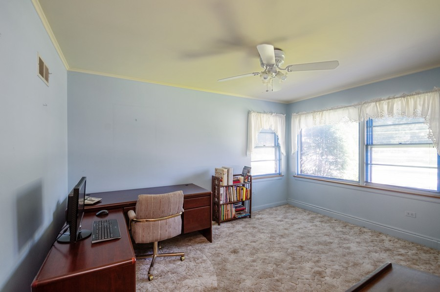 Real Estate Photography - 6380 North Ionia Ave, Chicago, IL, 60646 - 2nd Bedroom