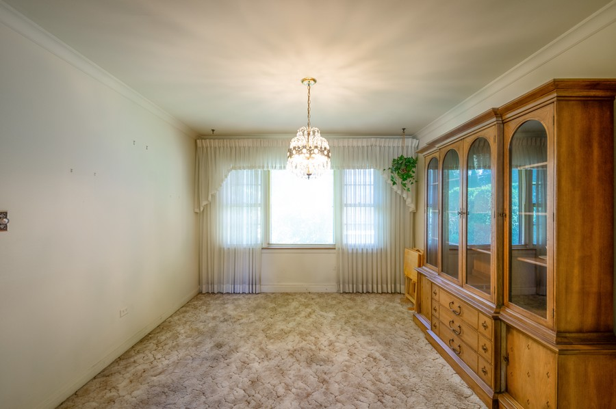 Real Estate Photography - 6380 North Ionia Ave, Chicago, IL, 60646 - Dining Room