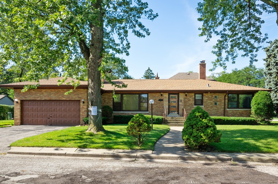 Real Estate Photography - 6380 North Ionia Ave, Chicago, IL, 60646 - Front View