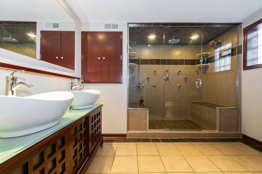 Real Estate Photography - 11720 South Harding Ave, Alsip, IL, 60803 - Master Bathroom