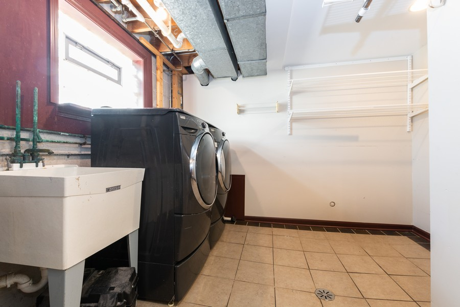Real Estate Photography - 11720 South Harding Ave, Alsip, IL, 60803 - Laundry Room