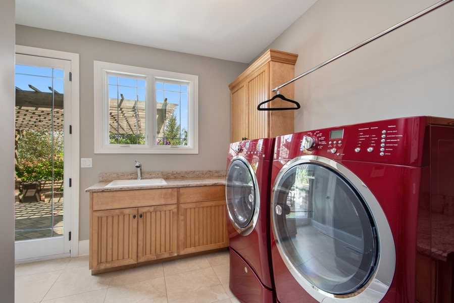 Real Estate Photography - 11828 Brooke Ct, Frankfort, IL, 60423 - Laundry Room