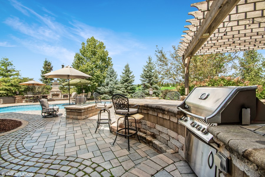 Real Estate Photography - 11828 Brooke Ct, Frankfort, IL, 60423 - Patio