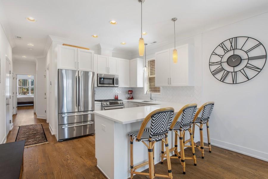 Real Estate Photography - 457 North Aberdeen St, 4S, Chicago, IL, 60642 - Kitchen