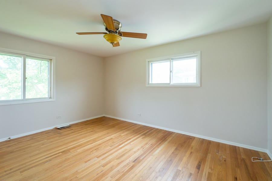 Real Estate Photography - 945 North Quince Ln, Mount Prospect, IL, 60056 - 3rd Bedroom