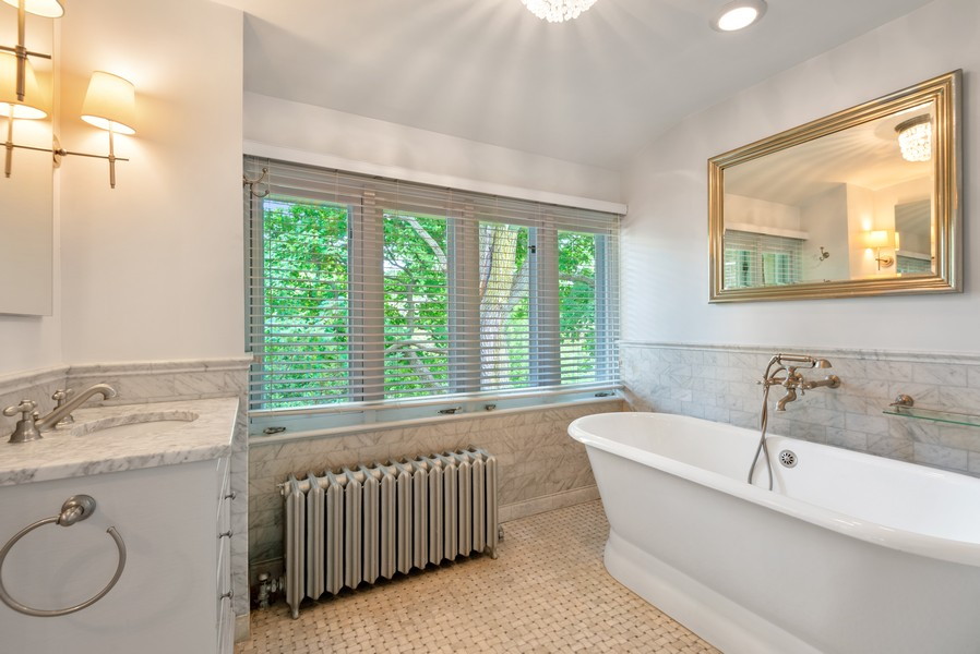 Real Estate Photography - 1128 Ridge Ave, Evanston, IL, 60202 - Master Bathroom