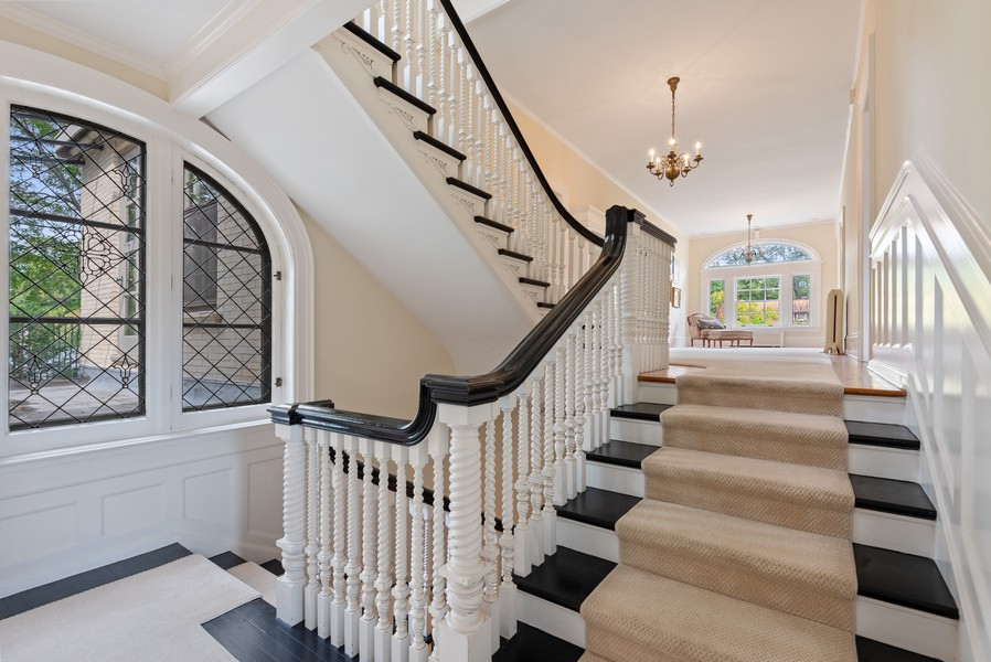 Real Estate Photography - 1128 Ridge Ave, Evanston, IL, 60202 - 2nd Floor Landing and Hall