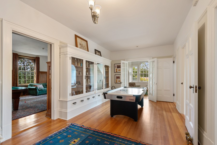 Real Estate Photography - 1128 Ridge Ave, Evanston, IL, 60202 - 3rd Floor Hall