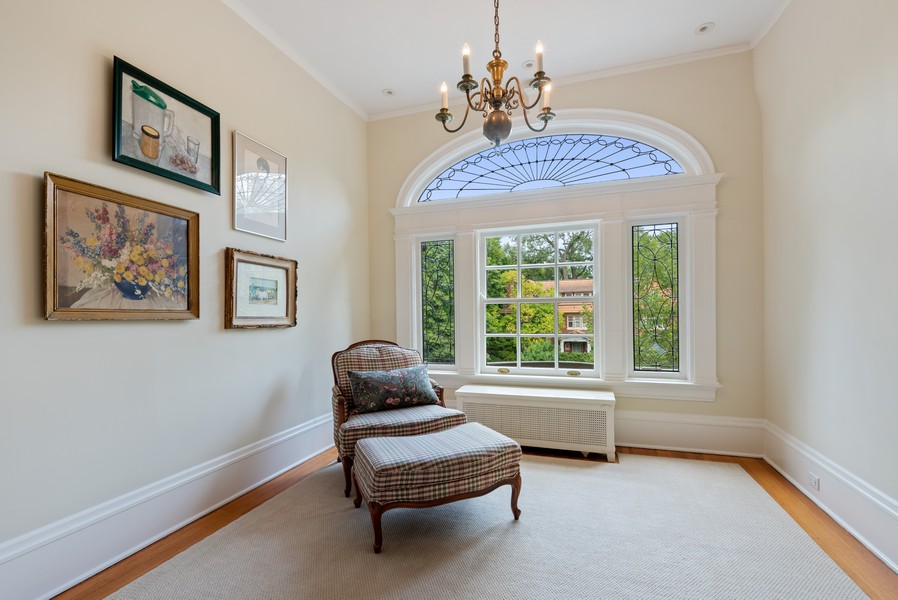 Real Estate Photography - 1128 Ridge Ave, Evanston, IL, 60202 - Hall Leaded Glass Detail