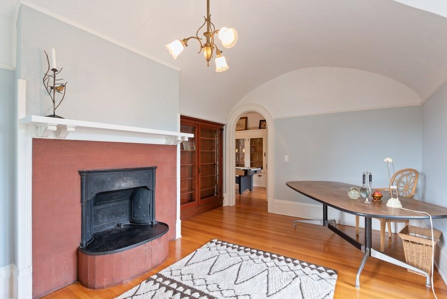Real Estate Photography - 1128 Ridge Ave, Evanston, IL, 60202 - 3rd Floor Office