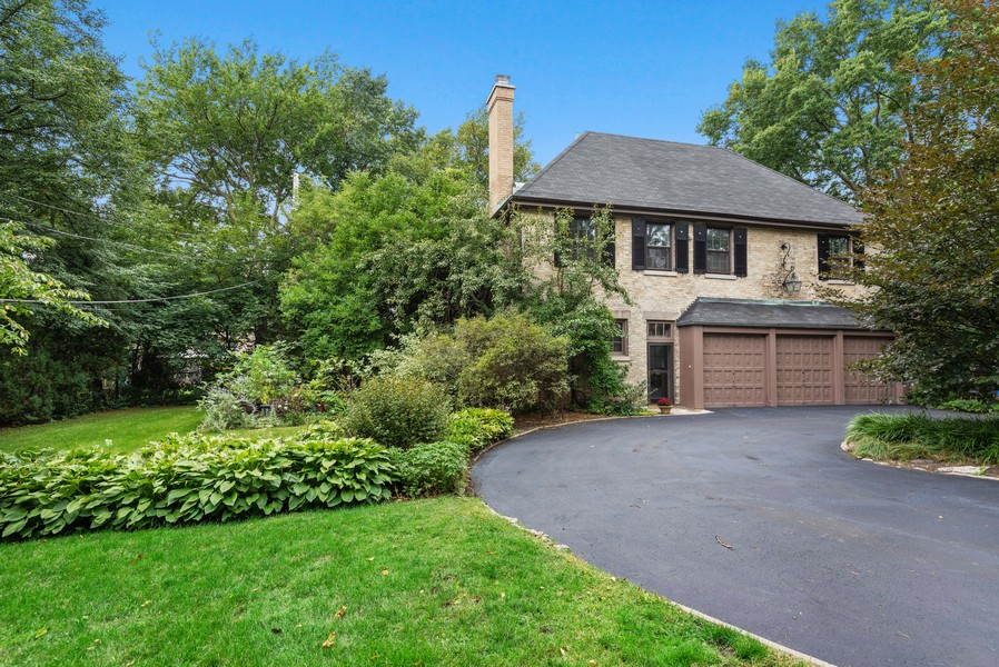 Real Estate Photography - 1128 Ridge Ave, Evanston, IL, 60202 - 3 Bed 2 Bath Coach House with 3 Car Garage