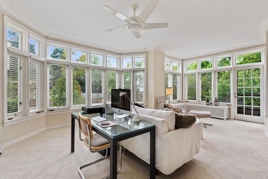 Real Estate Photography - 1128 Ridge Ave, Evanston, IL, 60202 - Sun Room