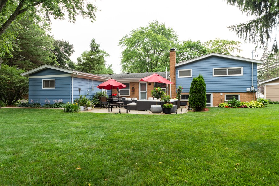 Real Estate Photography - 131 S Maple Ct, Palatine, IL, 60067 - Rear View