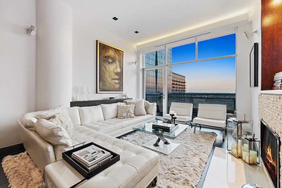 Real Estate Photography - 1305 S Michigan Ave, 2103, Chicago, IL, 60605 - Living Room