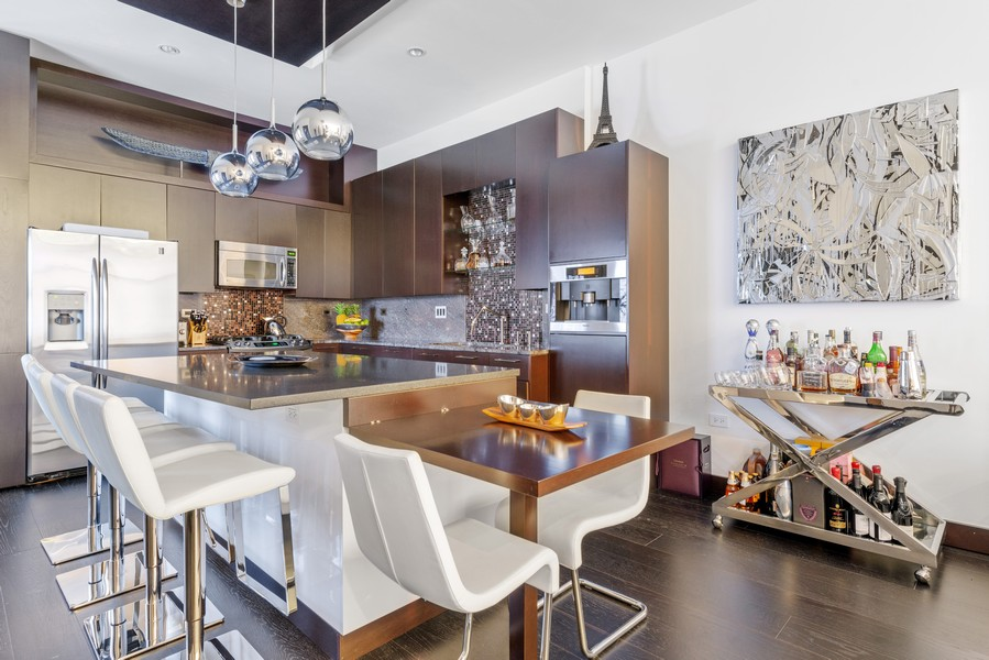 Real Estate Photography - 1305 S Michigan Ave, 2103, Chicago, IL, 60605 - Kitchen