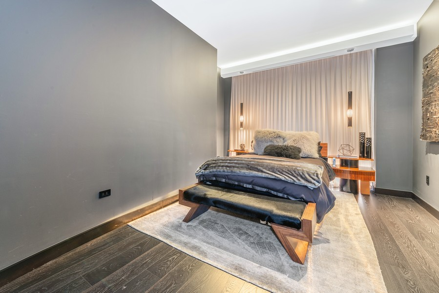 Real Estate Photography - 1305 S Michigan Ave, 2103, Chicago, IL, 60605 - Master Bedroom
