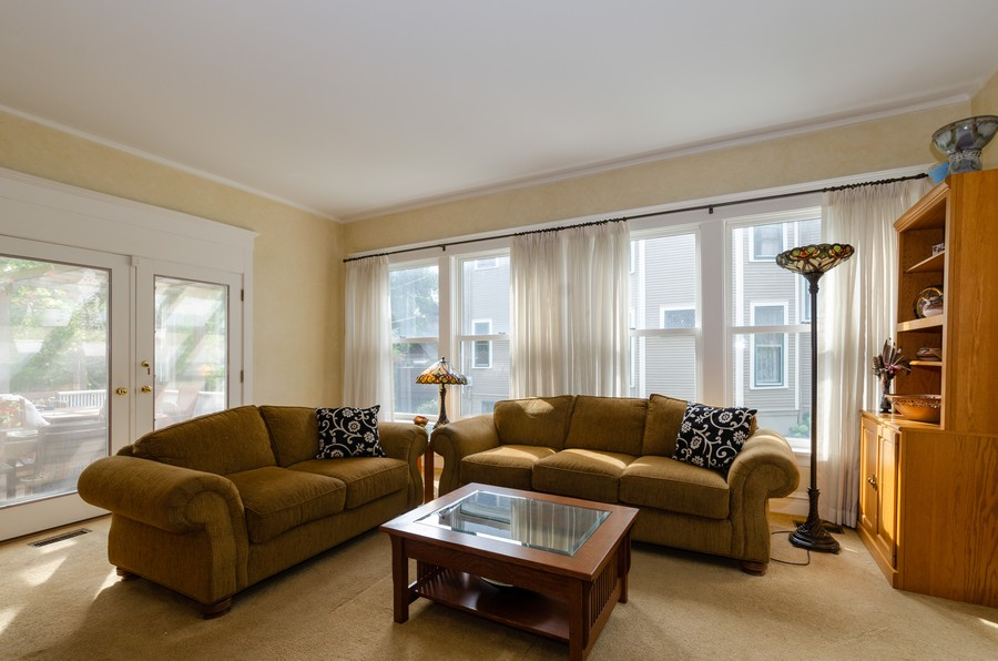 Real Estate Photography - 1027 Judson Ave, Evanston, IL, 60202 - Family Room Opens to Deck
