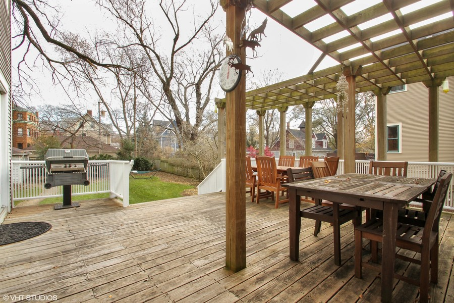 Real Estate Photography - 1027 Judson Ave, Evanston, IL, 60202 - Rear Deck