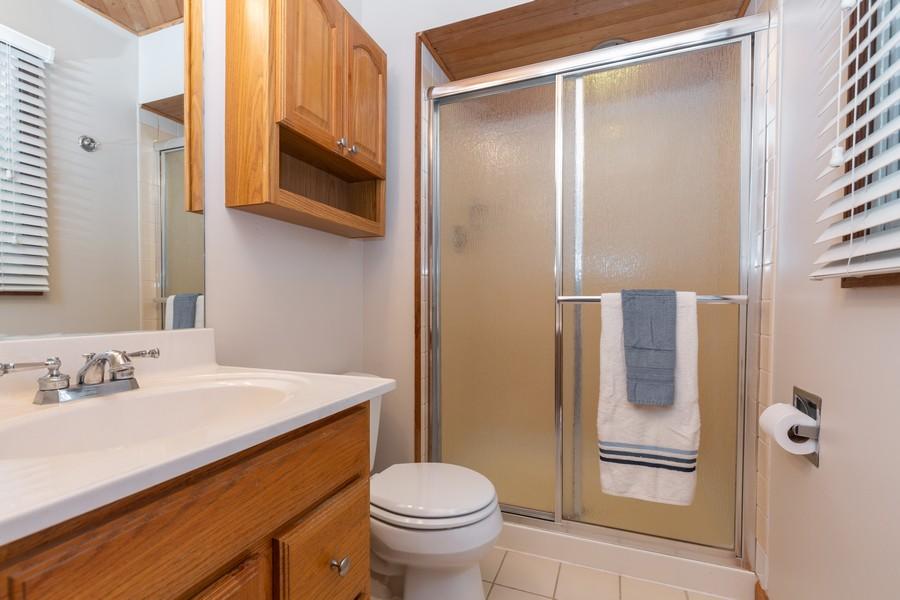 Real Estate Photography - 19 Walnut Ln, Algonquin, IL, 60102 - Master Bathroom