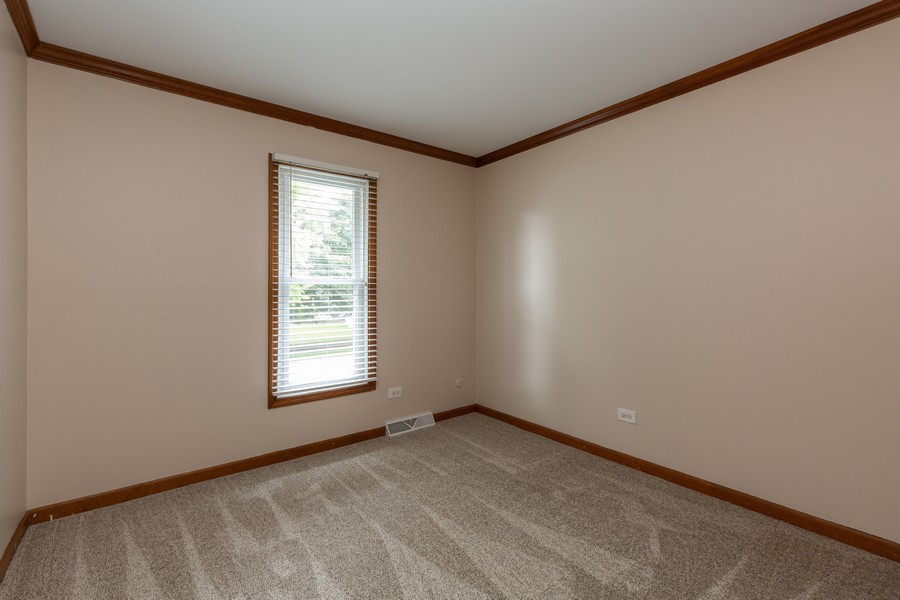 Real Estate Photography - 19 Walnut Ln, Algonquin, IL, 60102 - 3rd Bedroom