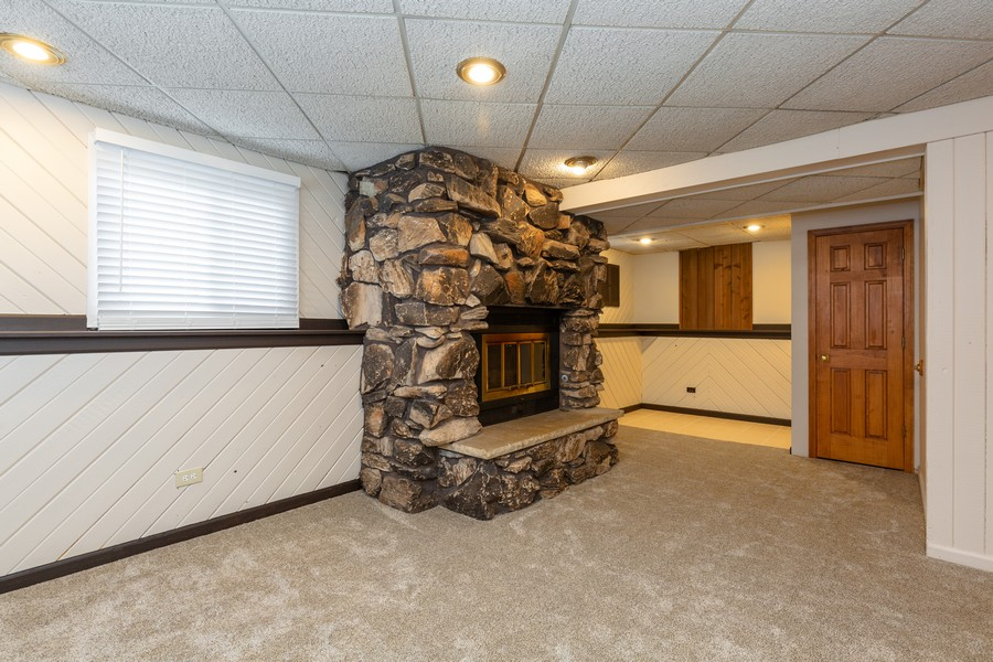 Real Estate Photography - 19 Walnut Ln, Algonquin, IL, 60102 - Lower Level