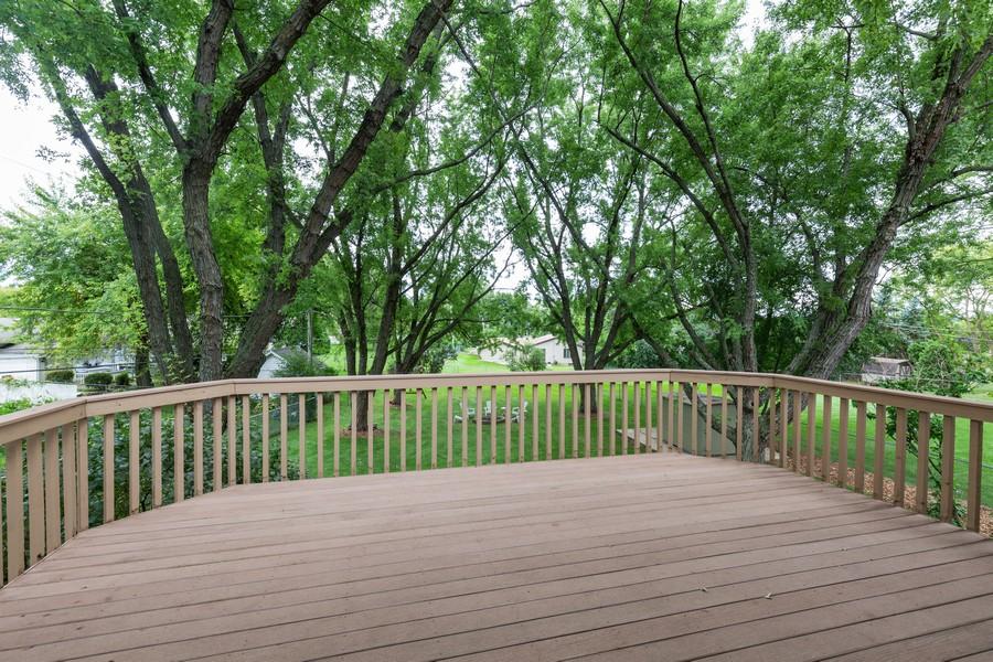 Real Estate Photography - 19 Walnut Ln, Algonquin, IL, 60102 - Deck