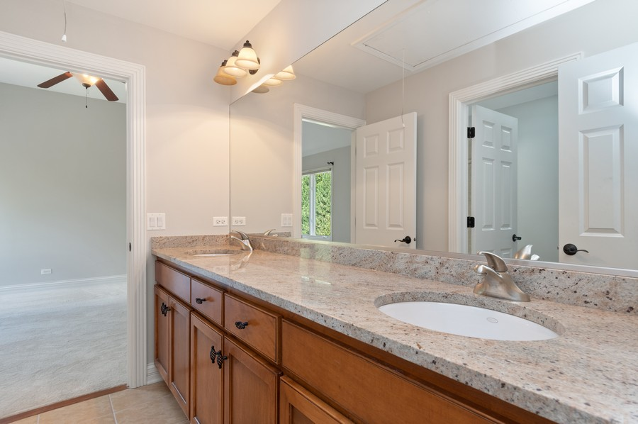 Real Estate Photography - 11674 Liberty Ln, Plainfield, IL, 60585 - 3rd Bathroom