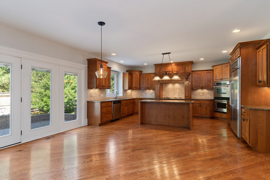 Real Estate Photography - 11674 Liberty Ln, Plainfield, IL, 60585 - Kitchen / Breakfast Room