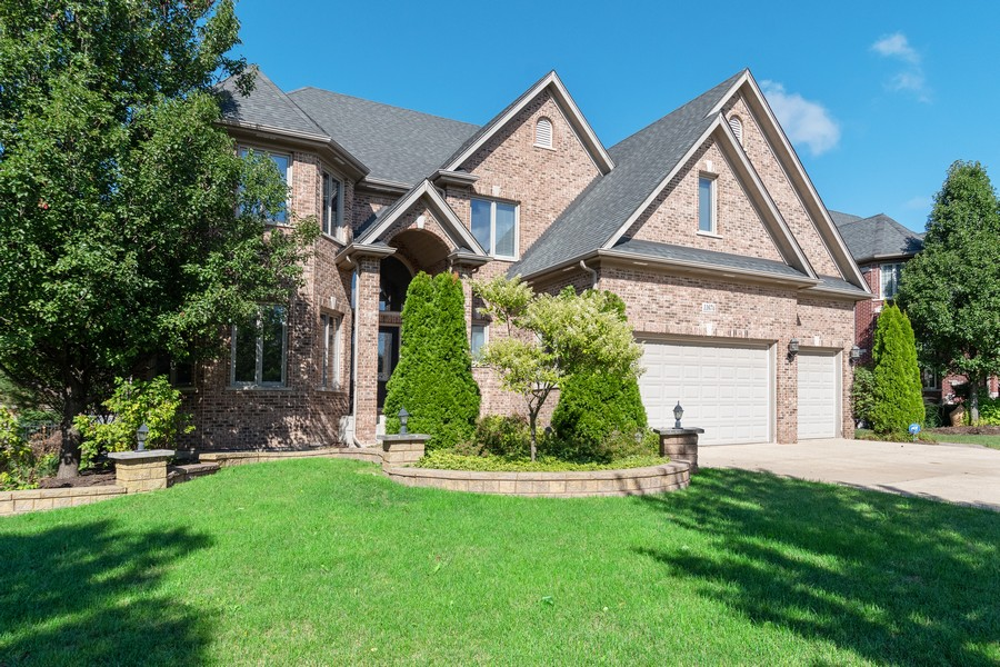 Real Estate Photography - 11674 Liberty Ln, Plainfield, IL, 60585 - Front View