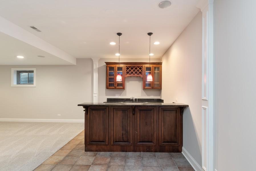 Real Estate Photography - 11674 Liberty Ln, Plainfield, IL, 60585 - Bar