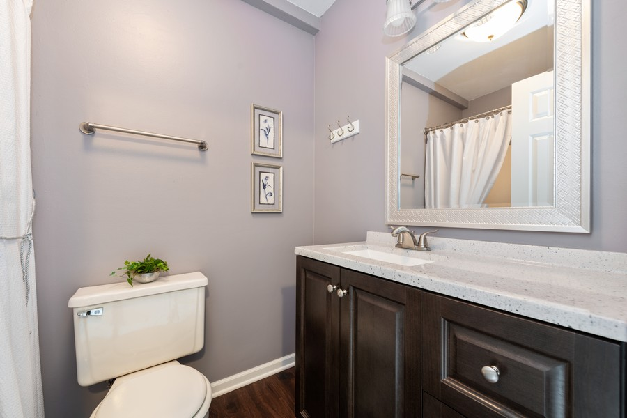Real Estate Photography - 434 Meadow Green Ln, 434, Round Lake Beach, IL, 60073 - Master Bathroom