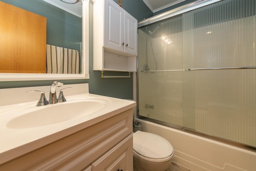 Real Estate Photography - 1818 Hazelwood Dr, Lindenhurst, IL, 60046 - Hall Bathroom