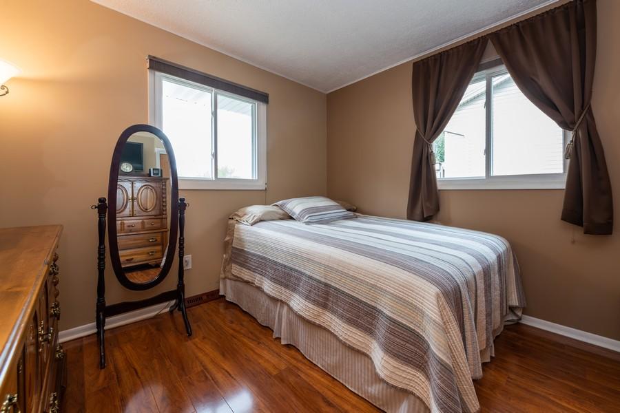 Real Estate Photography - 1818 Hazelwood Dr, Lindenhurst, IL, 60046 - 2nd Bedroom