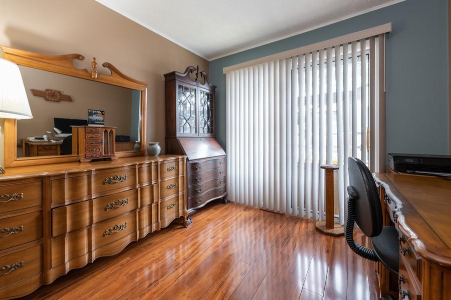 Real Estate Photography - 1818 Hazelwood Dr, Lindenhurst, IL, 60046 - 3rd Bedroom